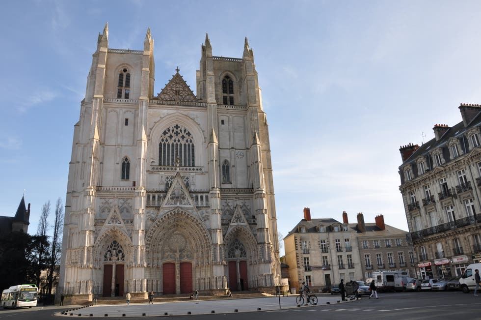 la catedral de san pedro y san pablo en nantes 21 opiniones y 108 fotos. Black Bedroom Furniture Sets. Home Design Ideas