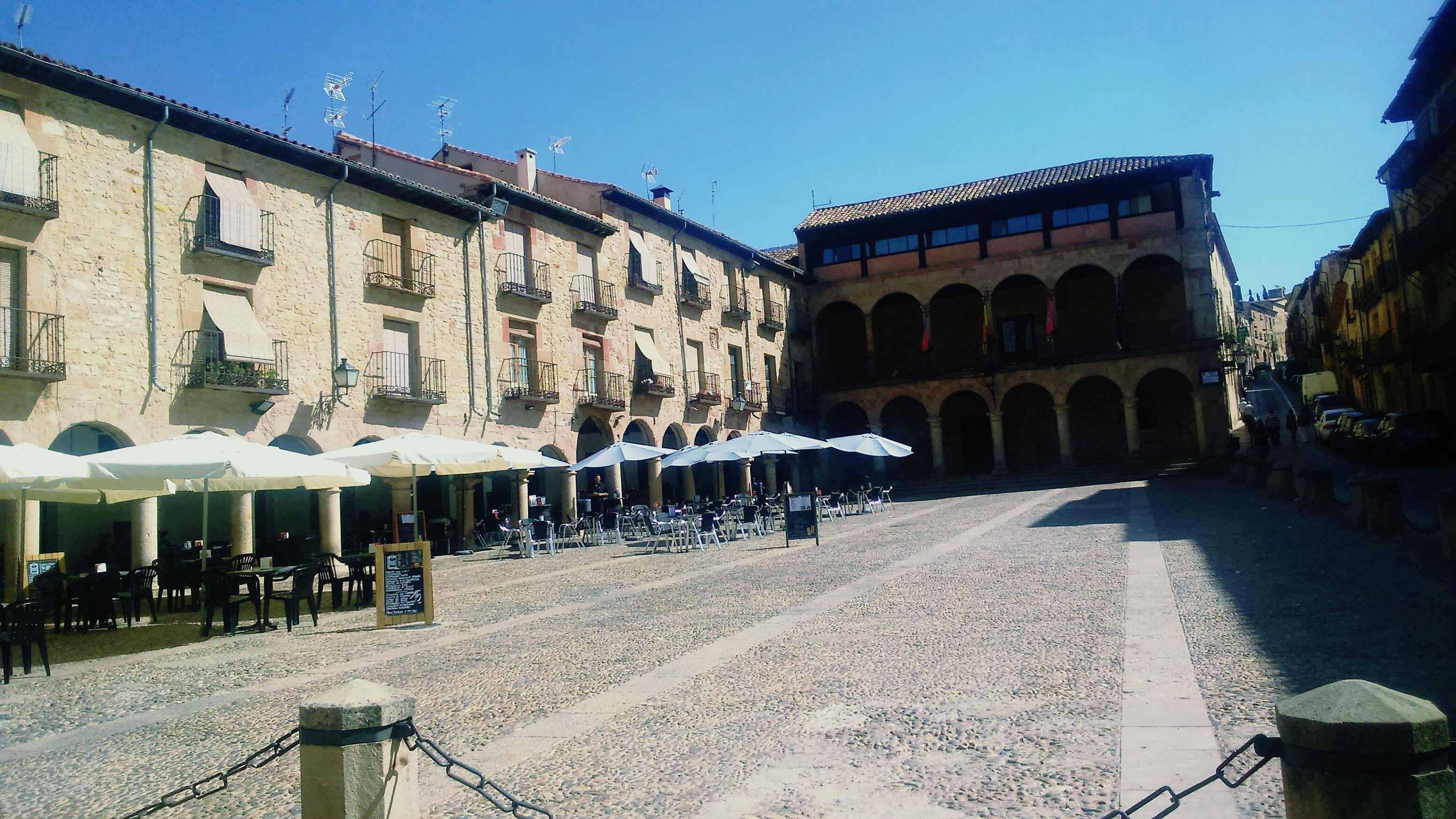 Pueblo en Plaza Mayor de Sigüenza