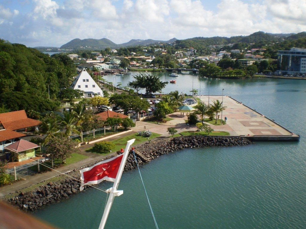 Costa en Castries Harbor