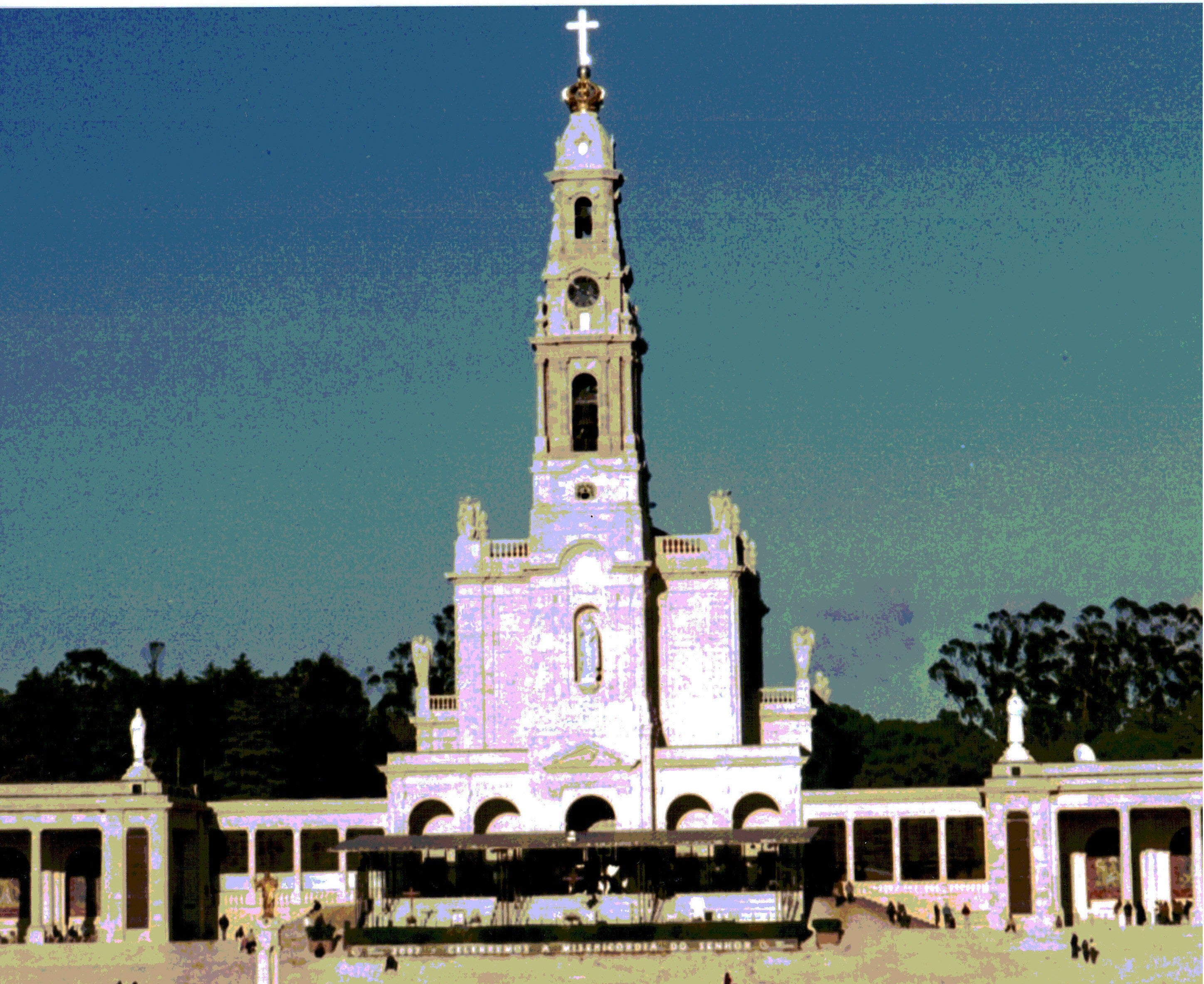 Building in Basilica of Our Lady of the Rosary of Fatima
