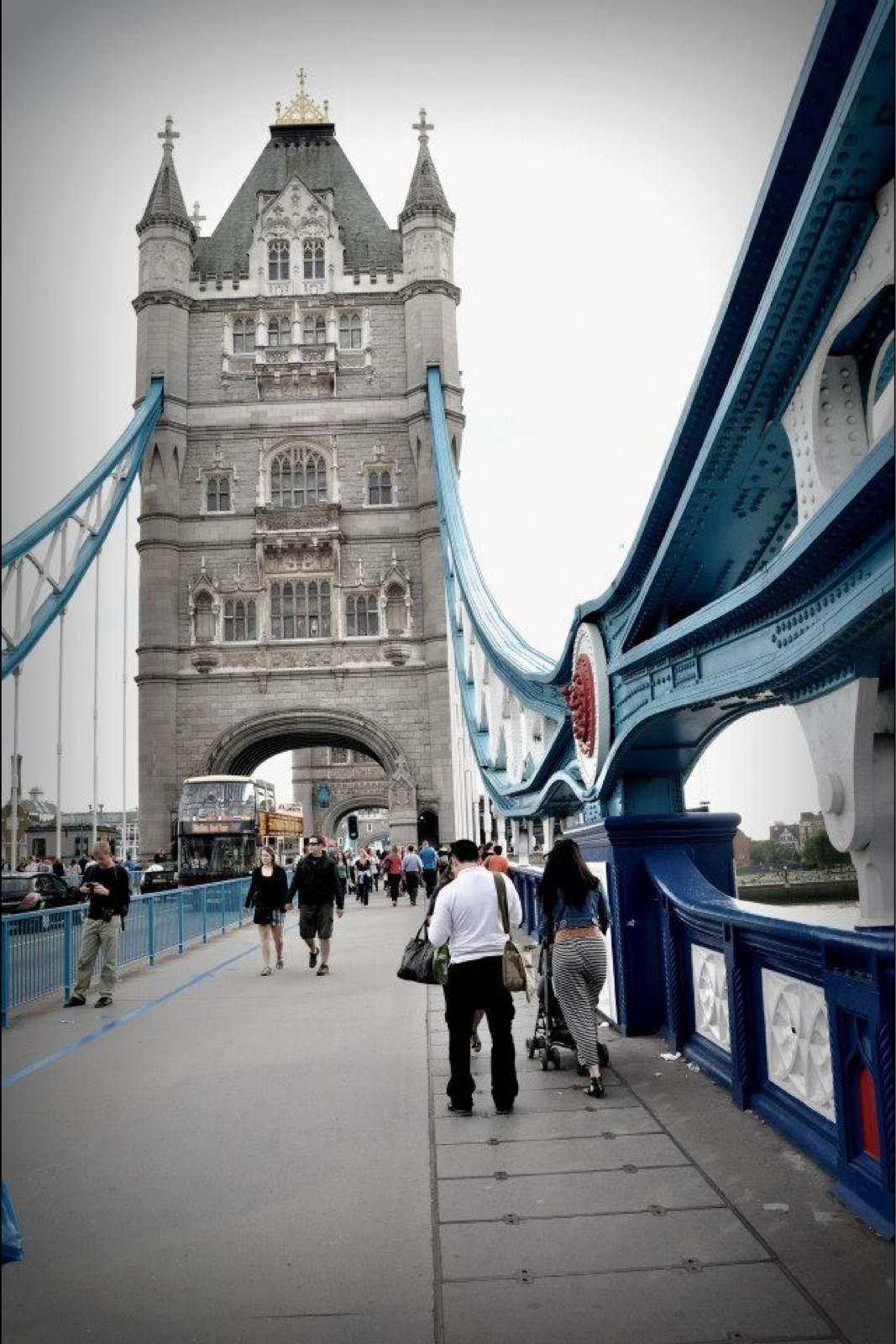 Azul en Tower Bridge