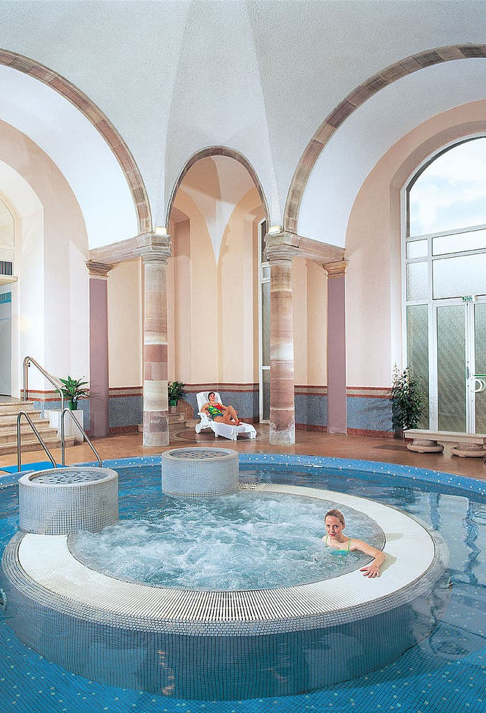 Stations thermales fran aises - Thermes argeles gazost jardin bains ...