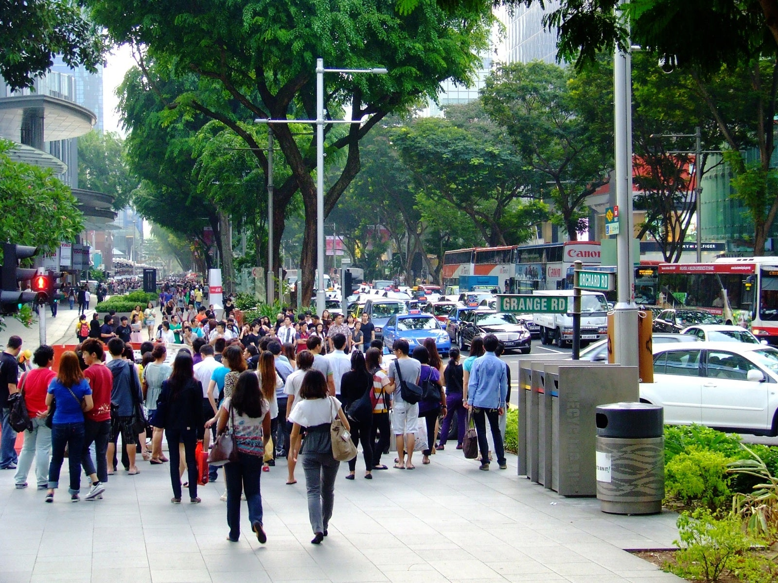 Multitud en Orchard Road