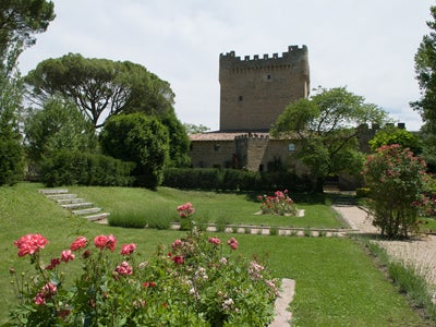 Castillo De Cuzcurrita Wineries
