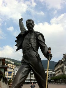 Estatua Freddie Mercury