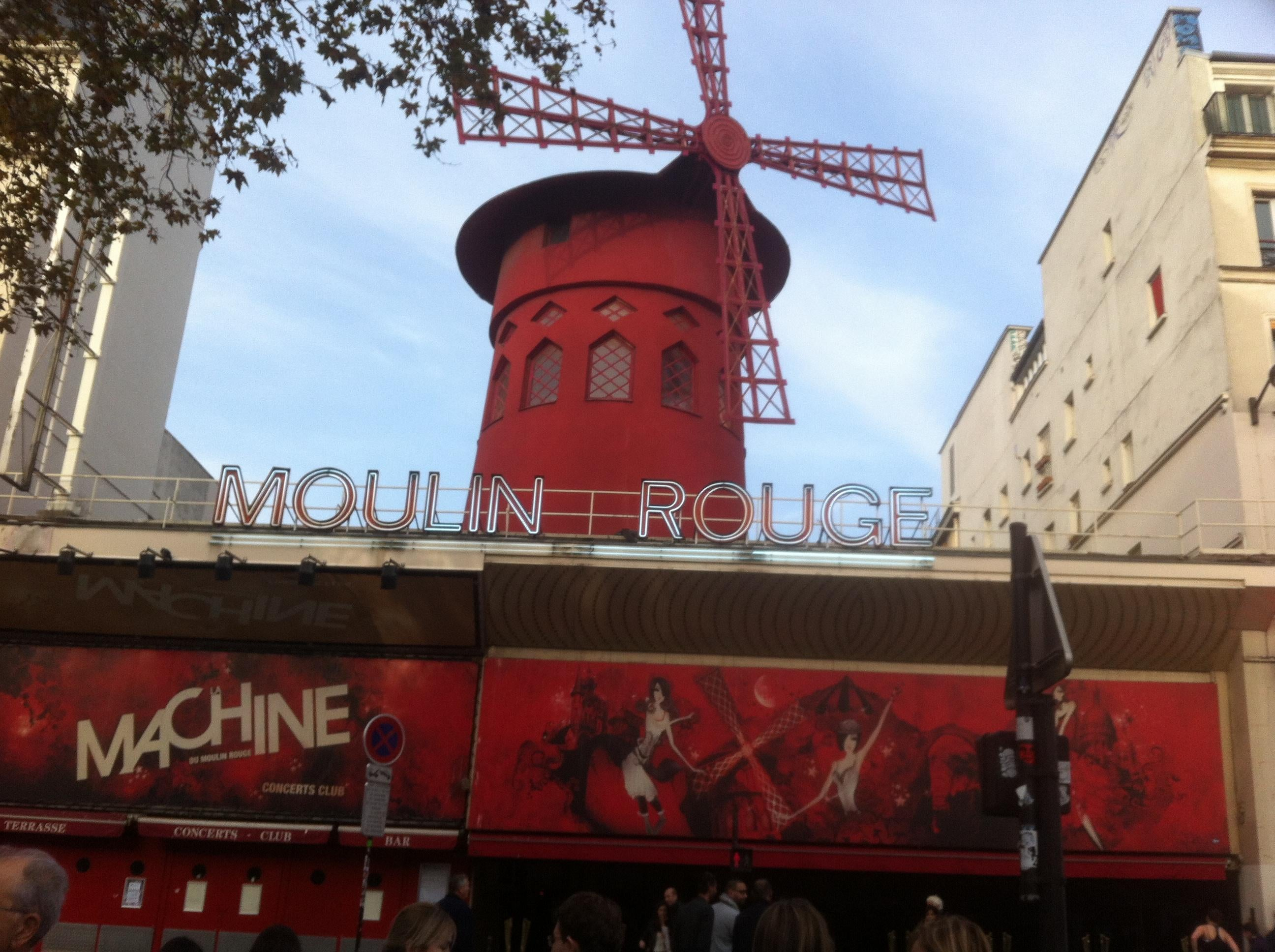 Transporte en Moulin Rouge