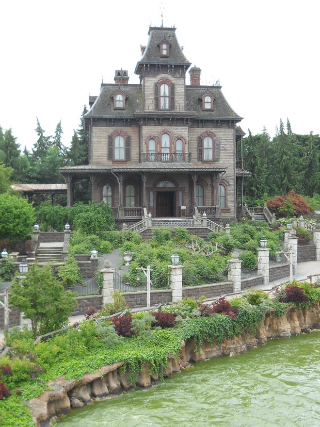 Phantom Manor In Chessy: 6 Reviews And 19 Photos