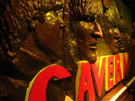Amarillo en Club The Cavern