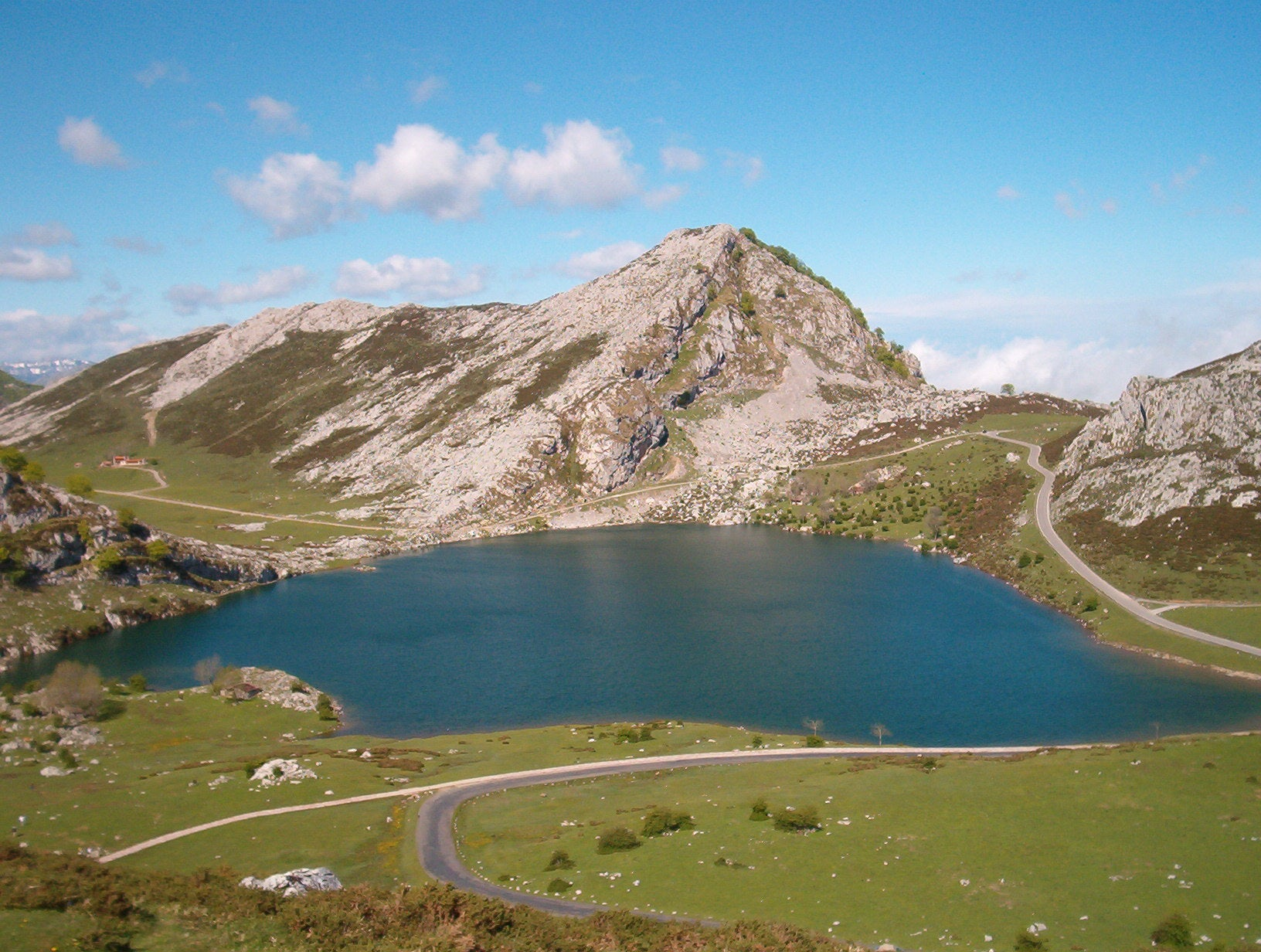Mountain Pass in The Lakes of Covadonga - Enol and Ercina lakes