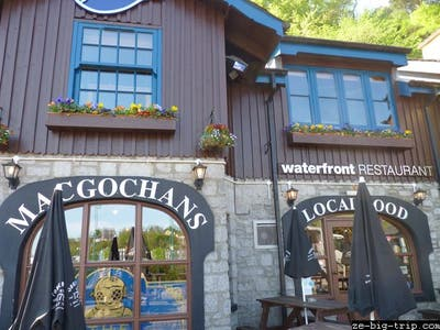 MacGochans Waterfront Restaurant
