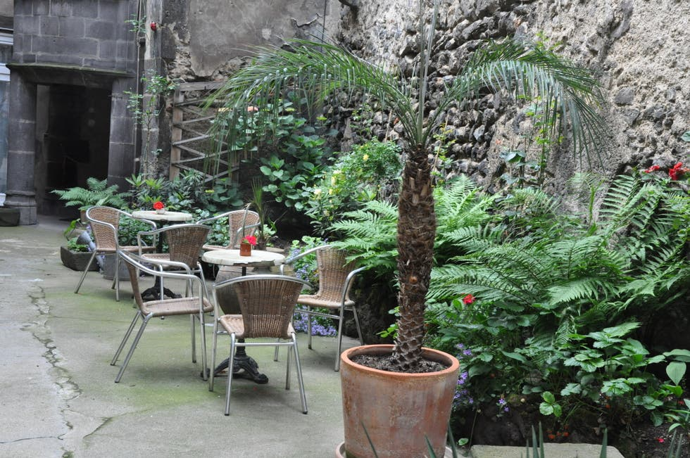 Maison d 39 adam et eve clermont ferrand 1 exp riences et - Amenagement jardin photos clermont ferrand ...