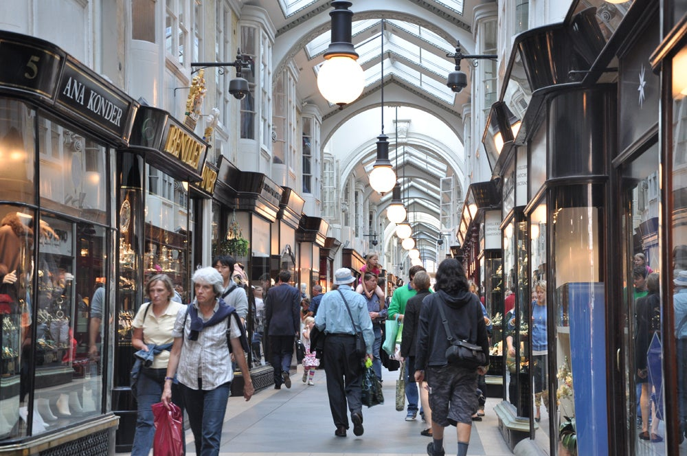 Multitud en Burlington Arcade