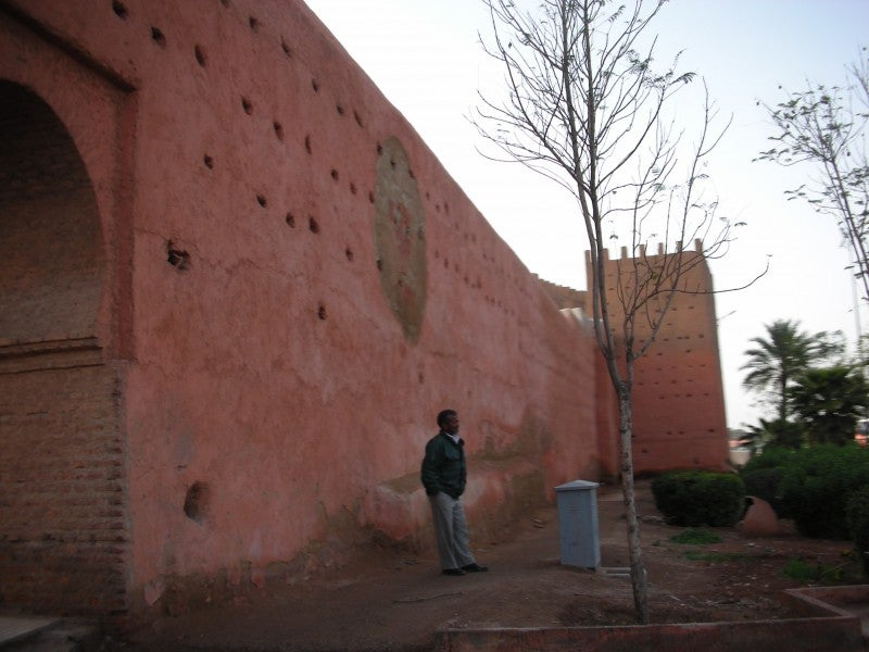 Pared en Medina de Marrakech