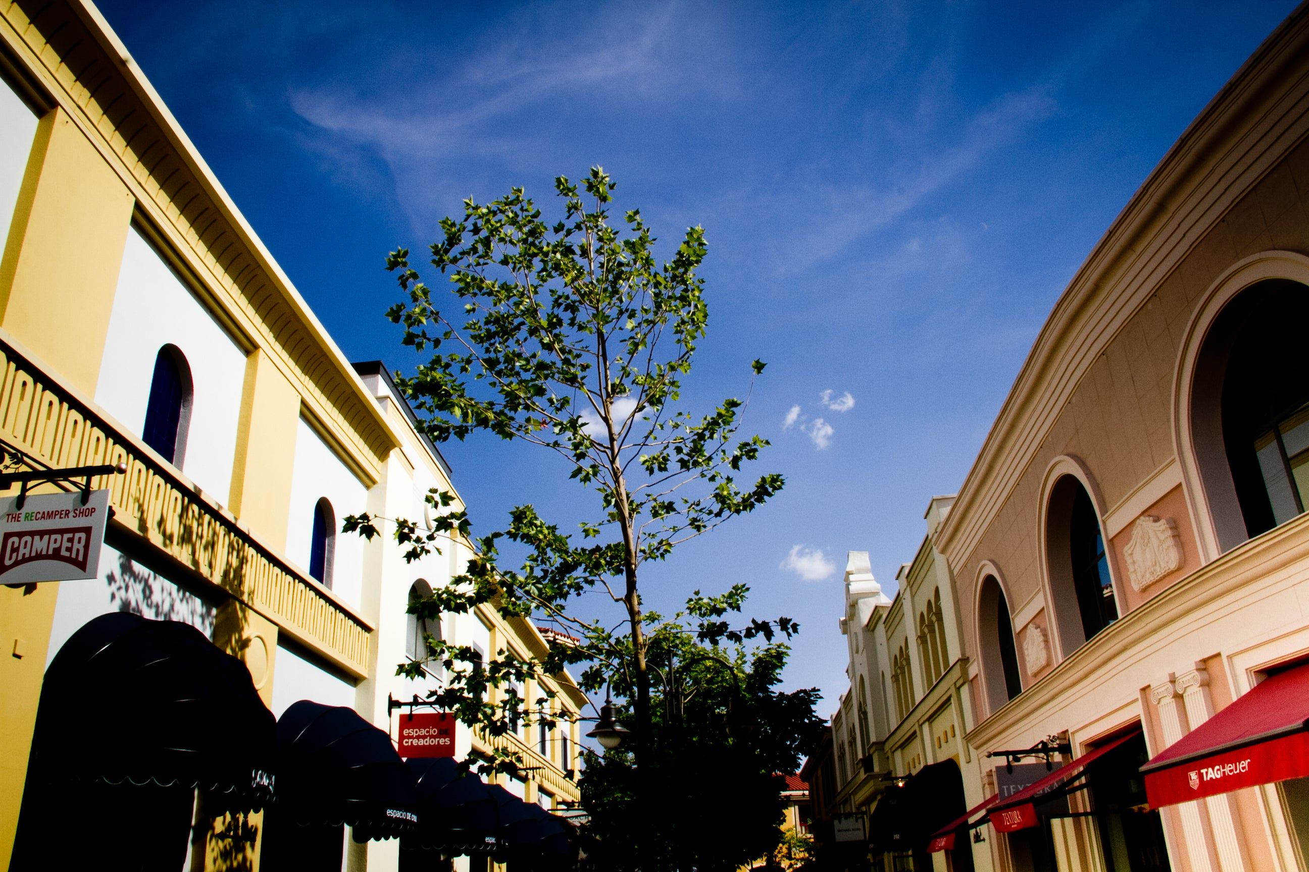 Cielo en Las Rozas Village outlet shopping