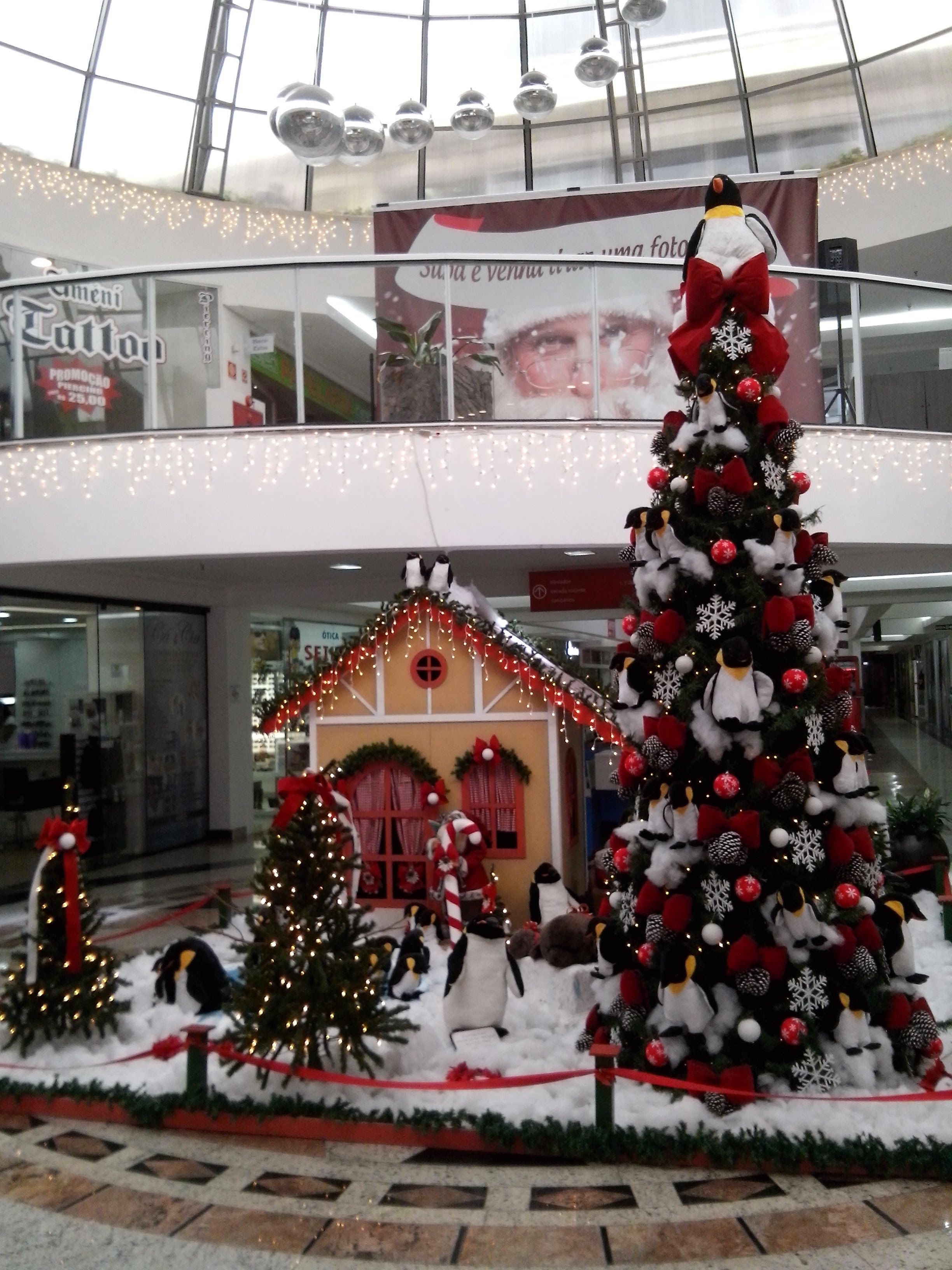 Árbol en Shopping Faro