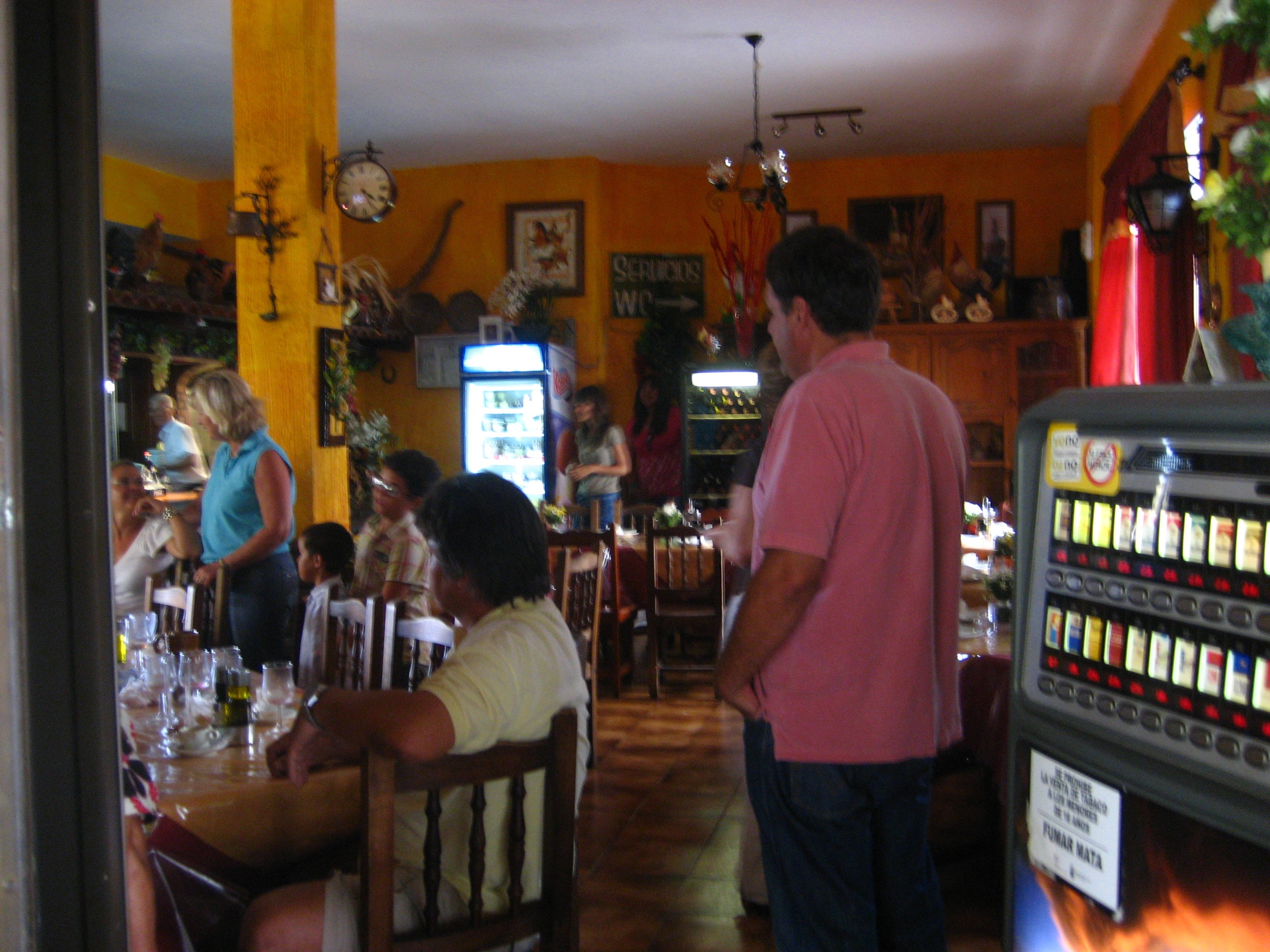 Bar en Bodegón Damary
