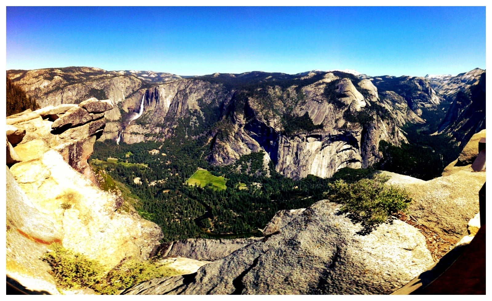 Lago en Glacier Point