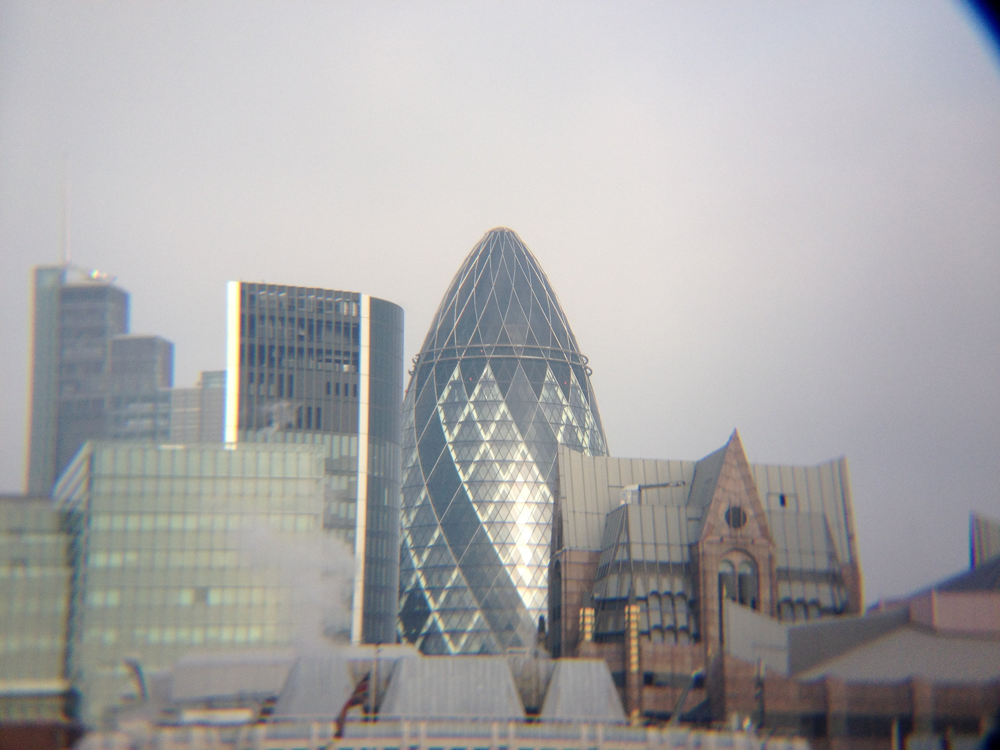 Skyline en Swiss Re Tower - Torre Gherkin