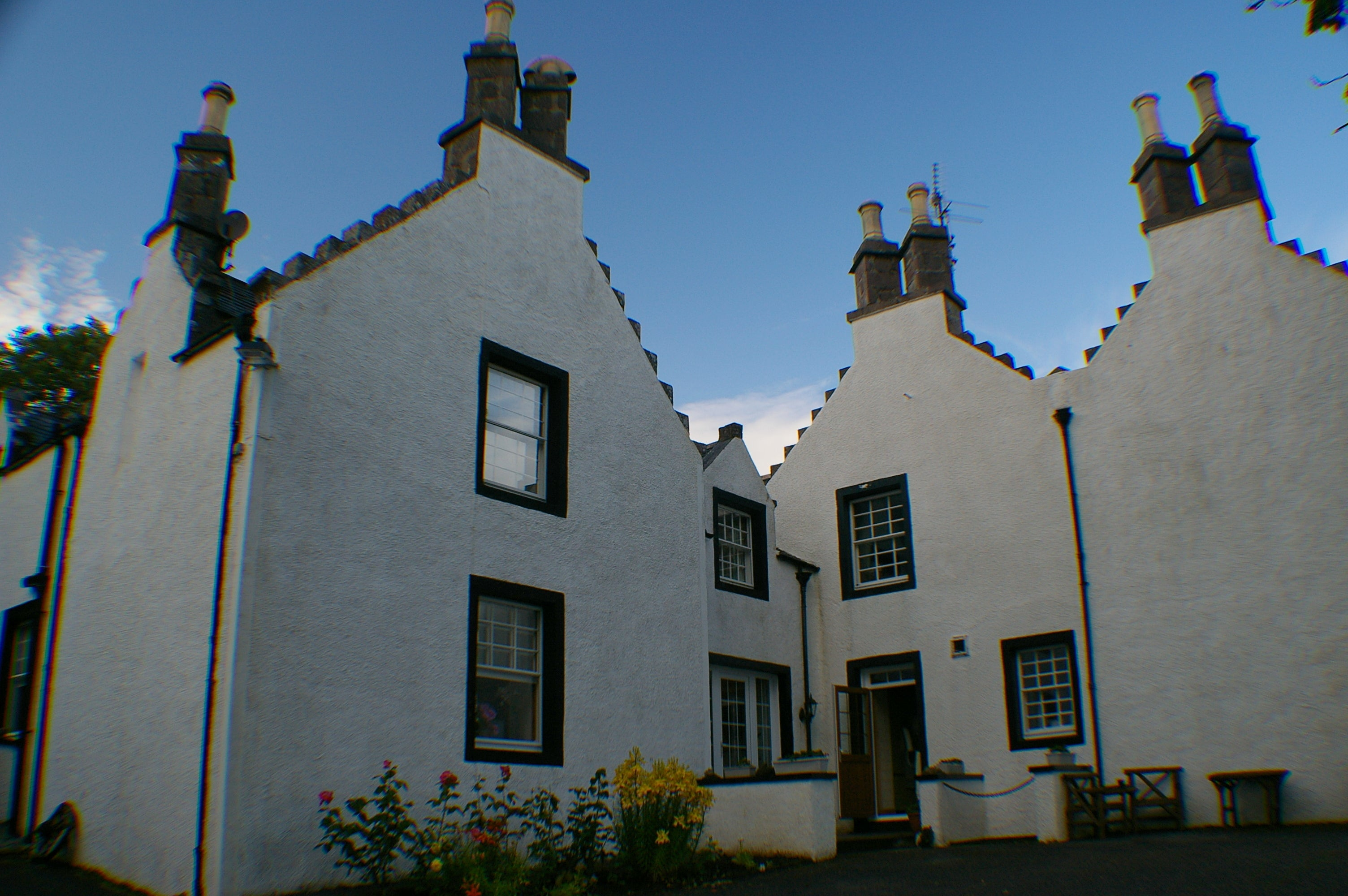 Blanco en Bed and Breakfast Scourie Lodge and Gardens