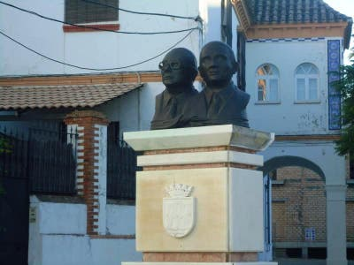 Monument to the Cuevas Brothers