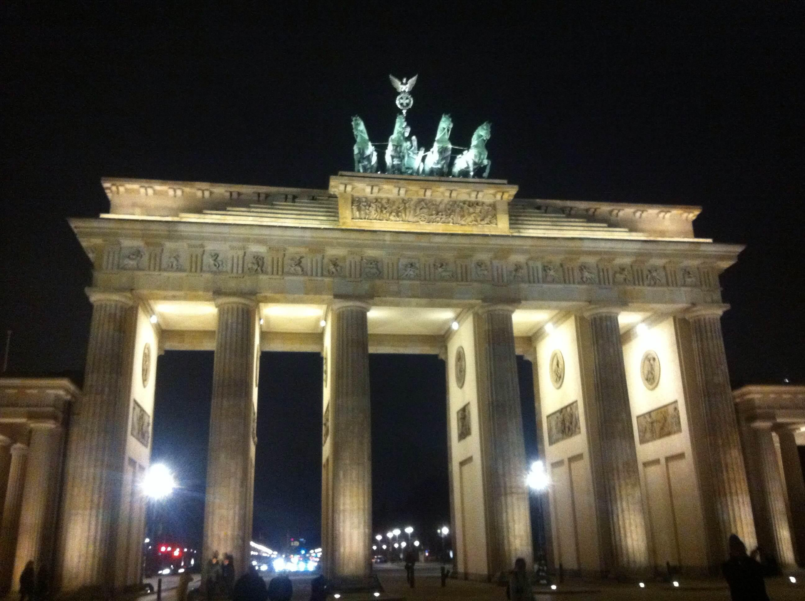 Night in Brandenburg Gate