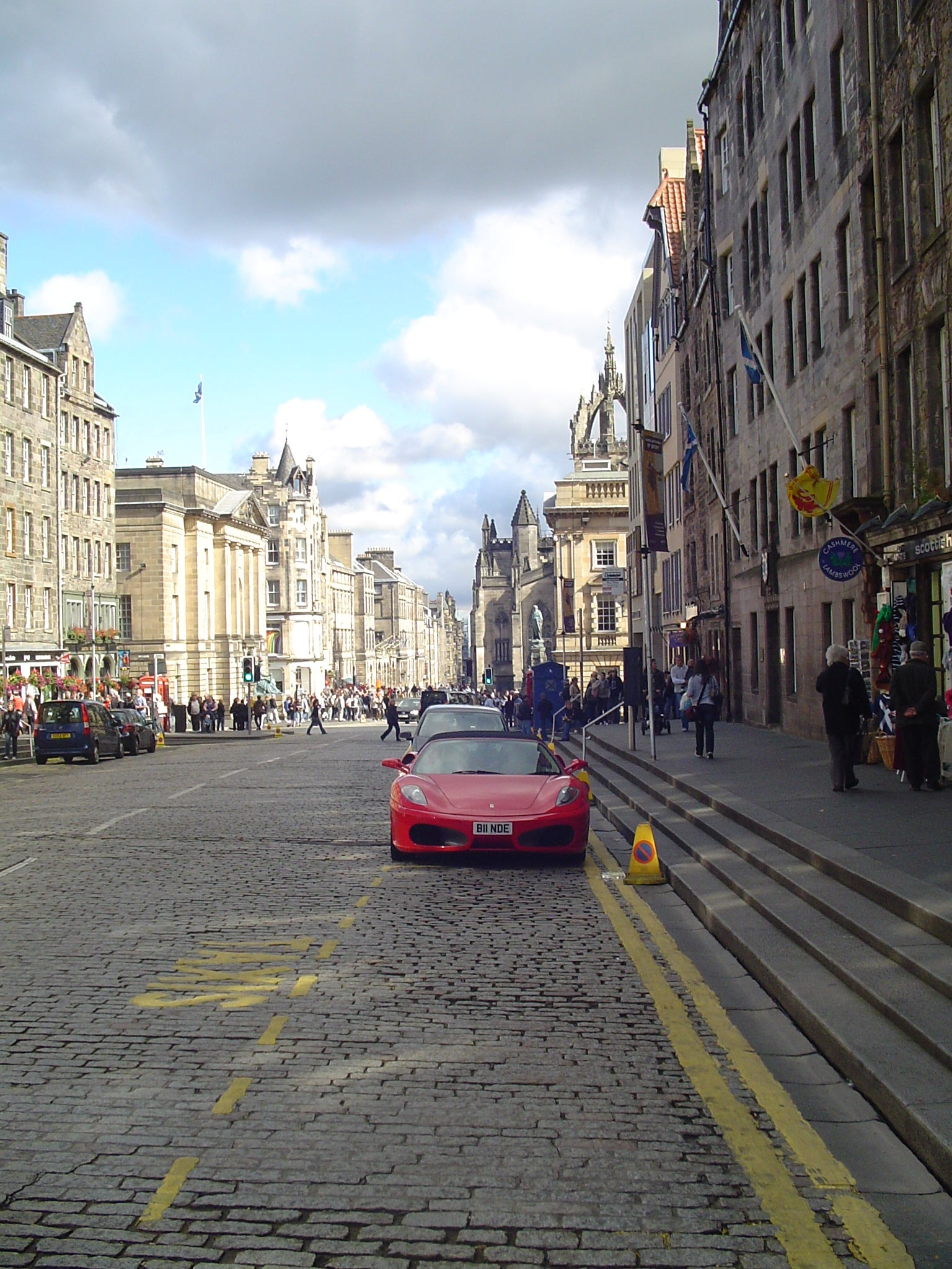 Amarillo en Royal Mile