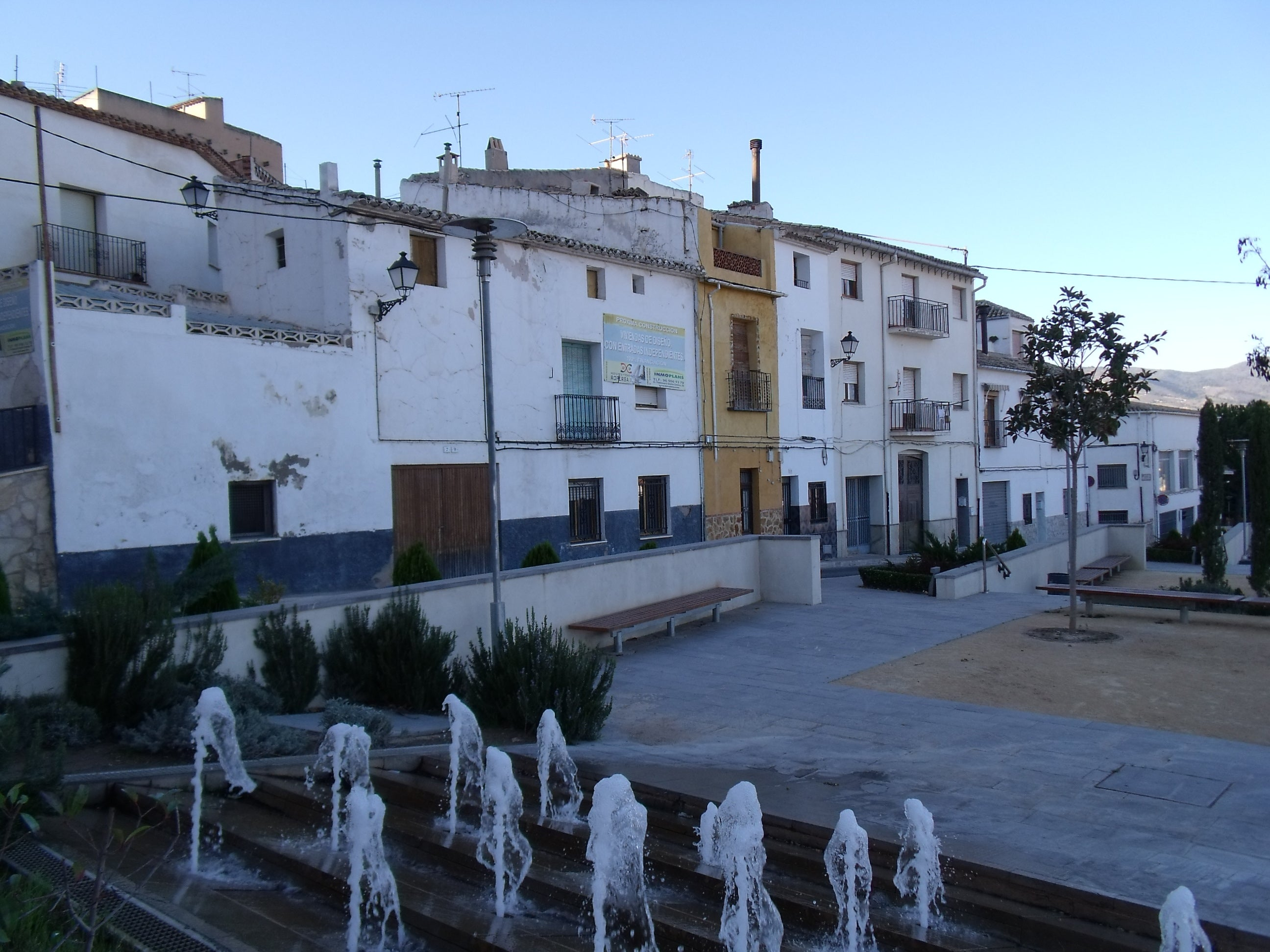 Canale Castalla-Old town-