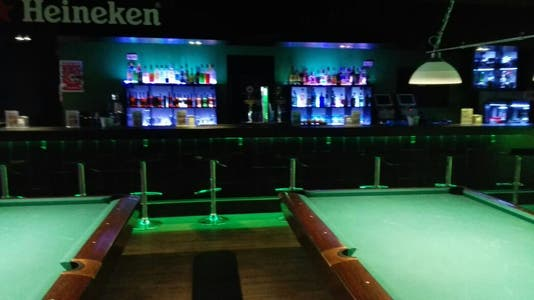 Shooters pool lounge & pub