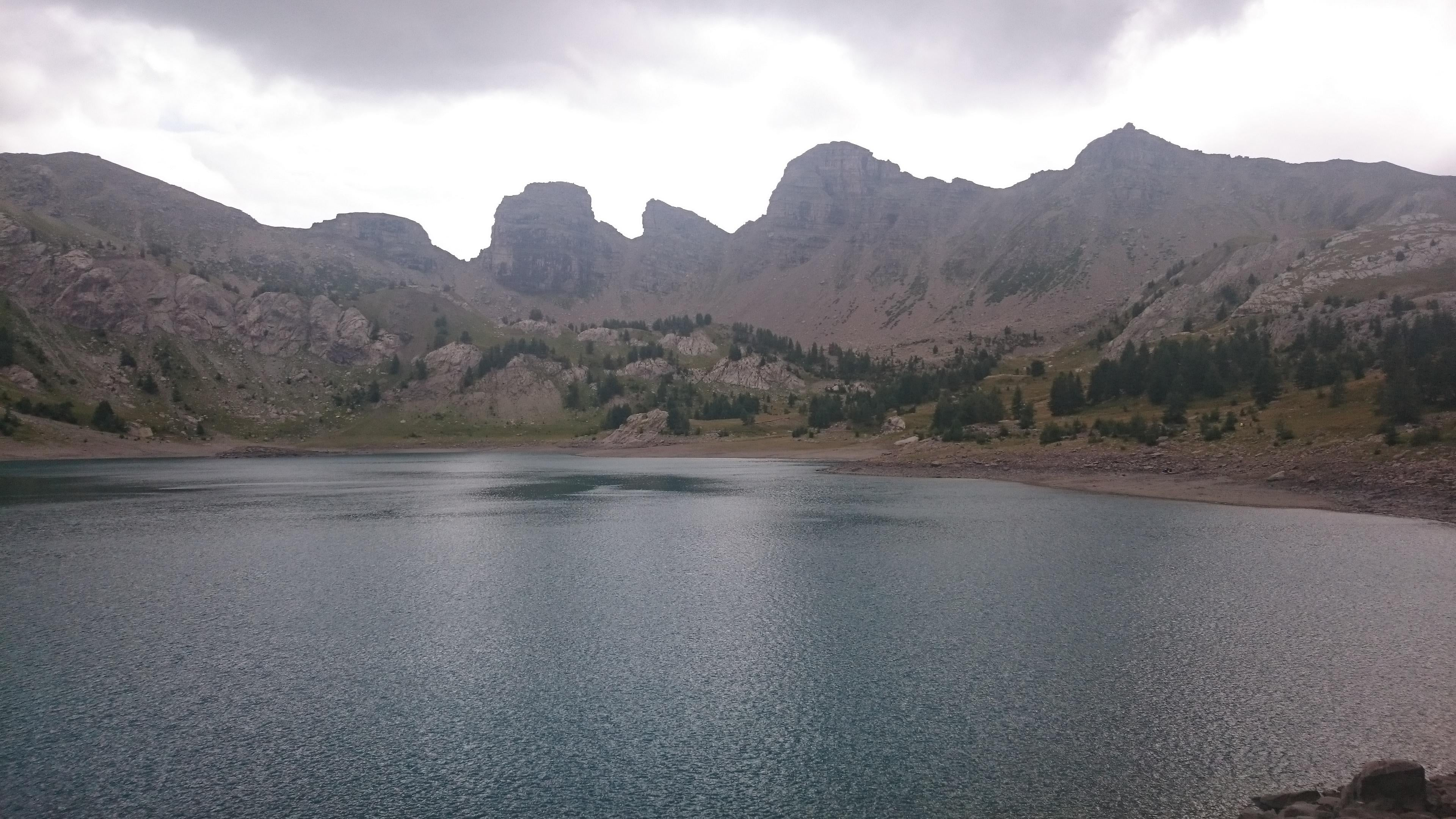 Embalse en Lago de Allos