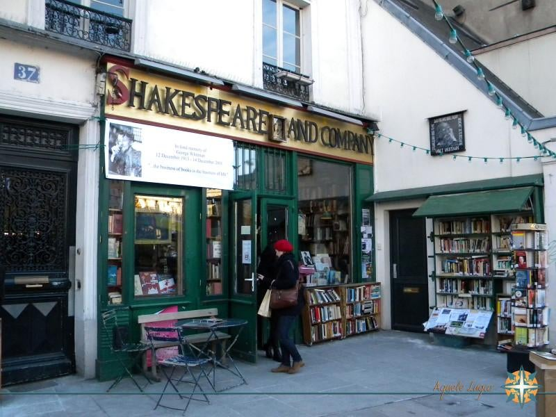Cortinas en Shakespeare & Co.
