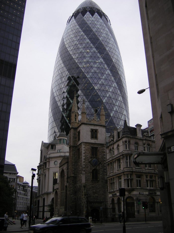 Ciudad en Swiss Re Tower - Torre Gherkin
