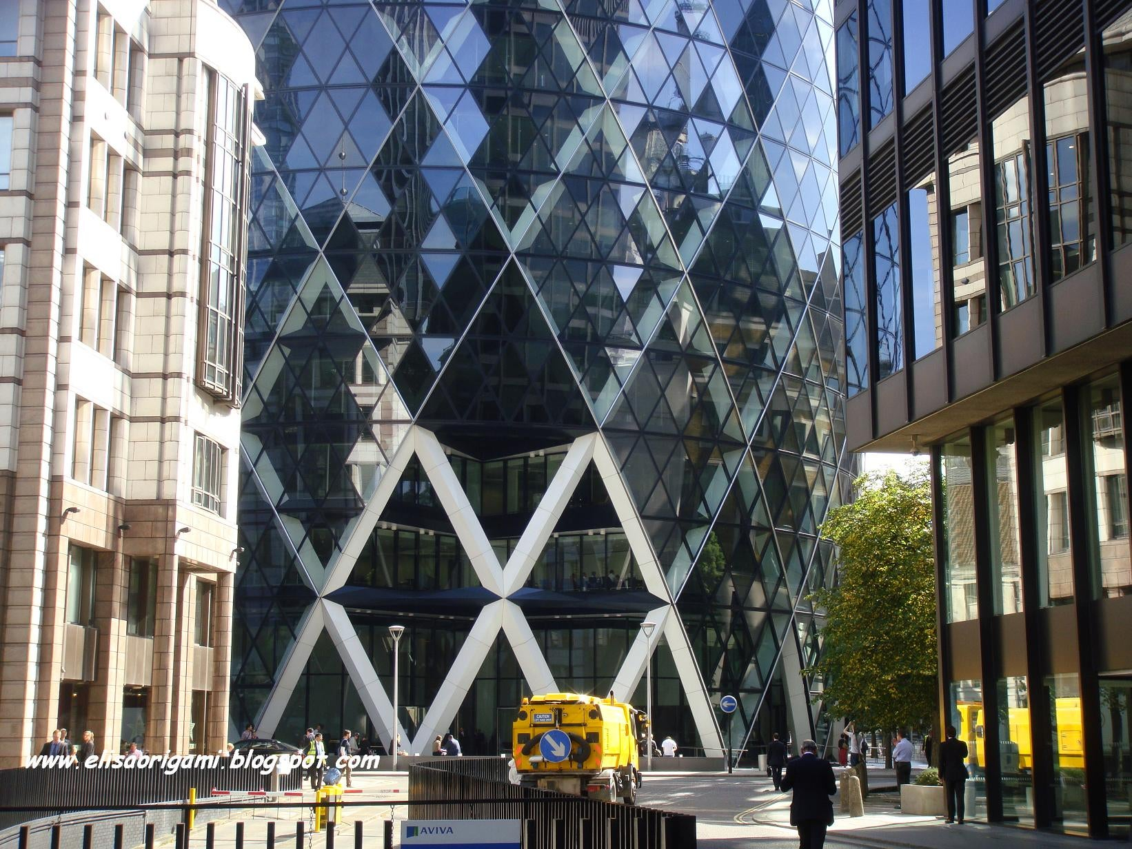 Plaza en Swiss Re Tower - Torre Gherkin