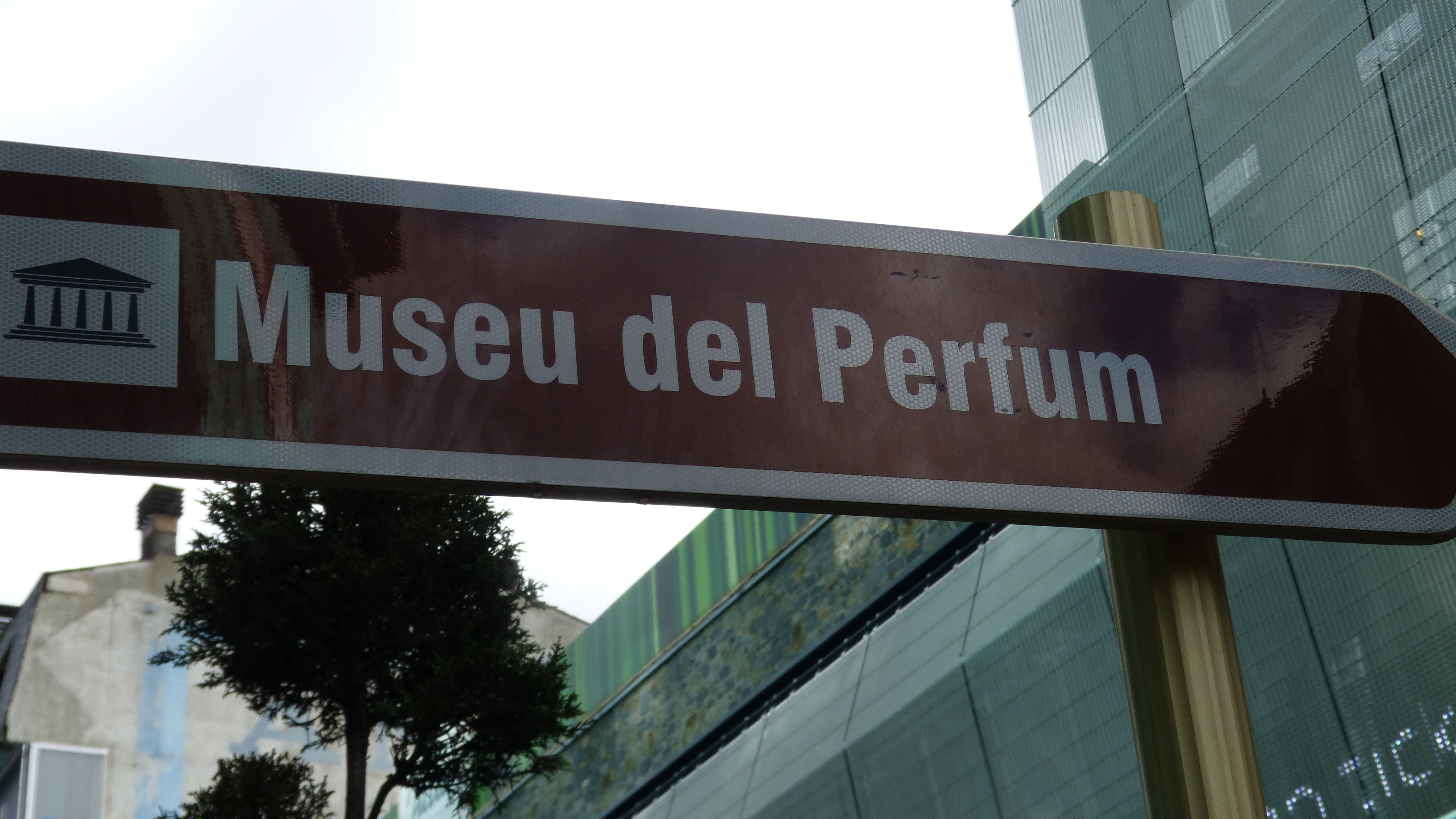 Signage in Museo del Perfume