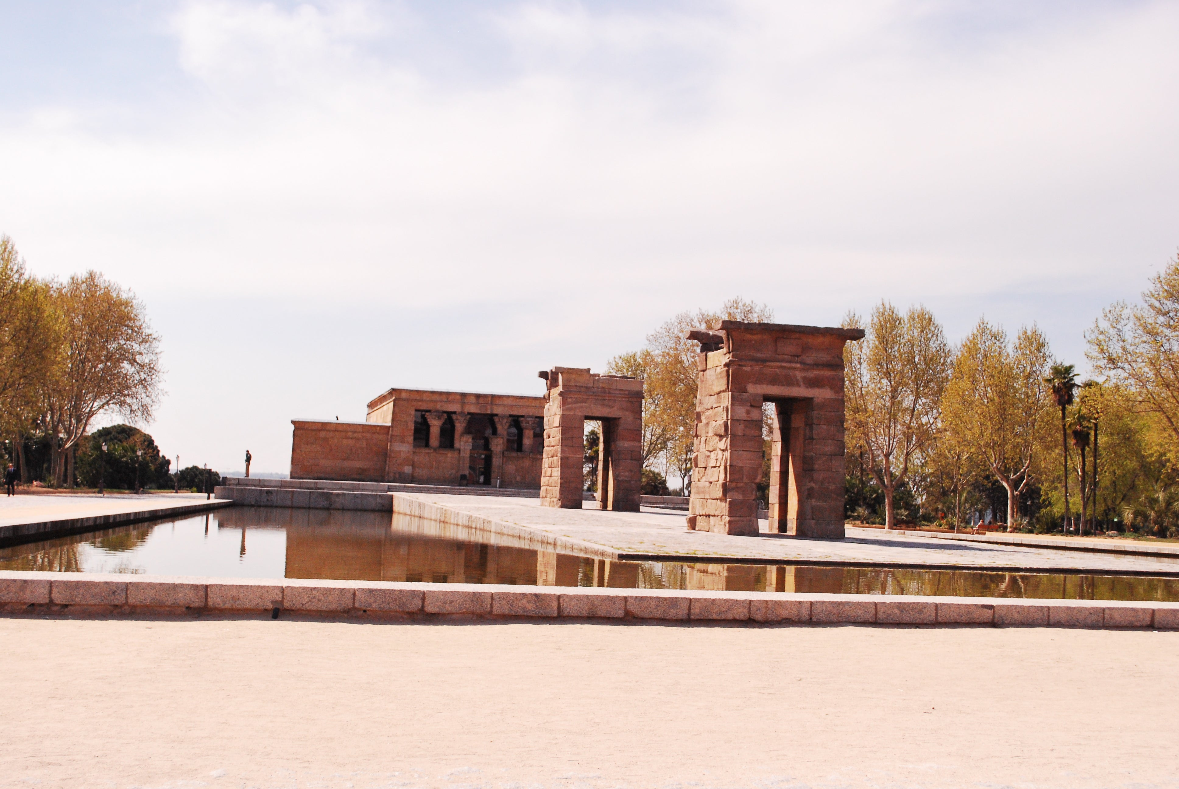 Estate in Temple of Debod