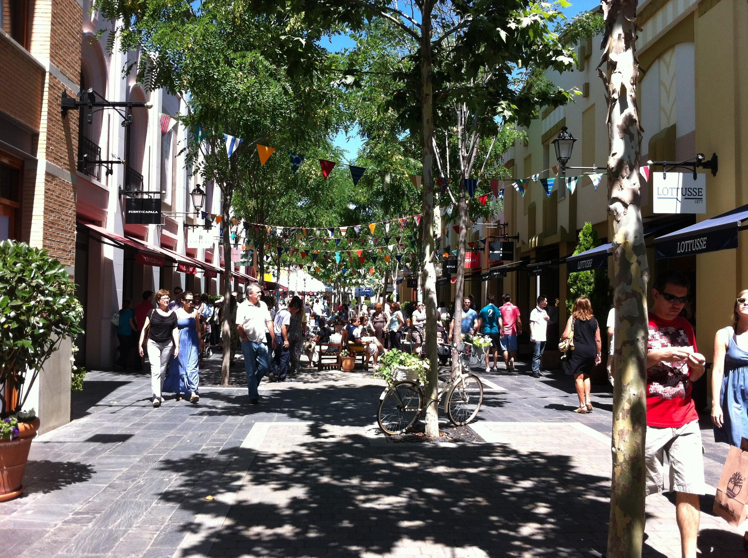 Mercado en Las Rozas Village outlet shopping