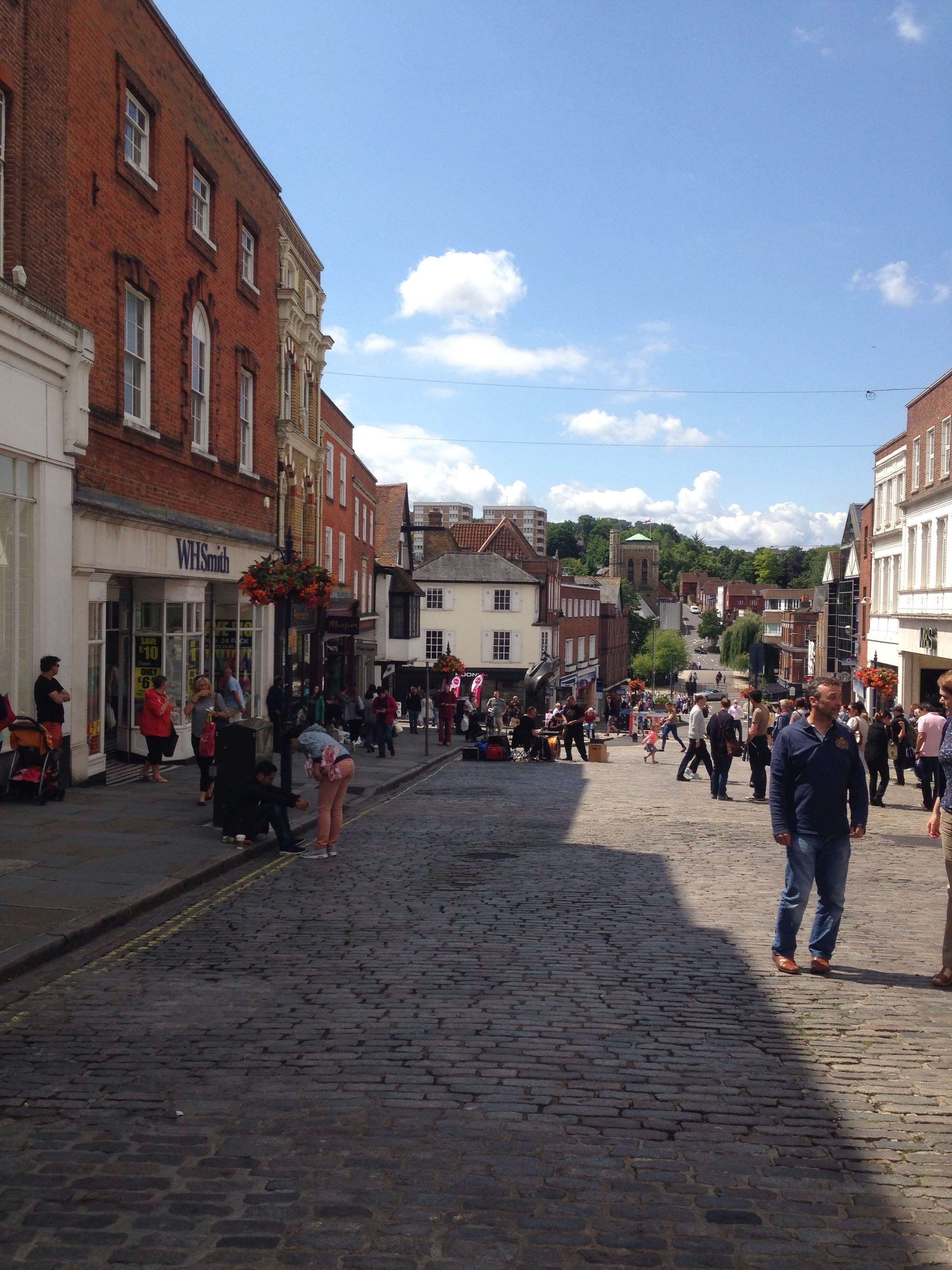 Suelo en High Street de Guildford