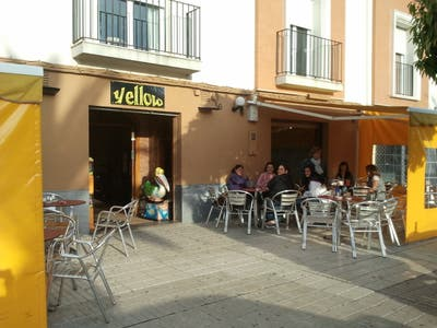 Yellow Cafe - Fechado
