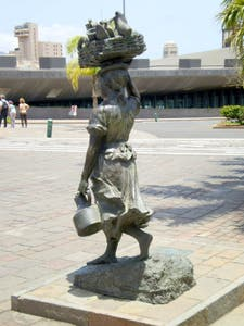 Monument to the Lechera Canaria