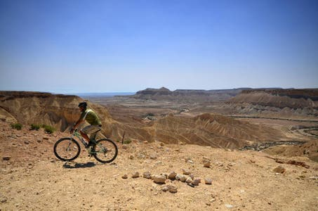 Desert cycling tour