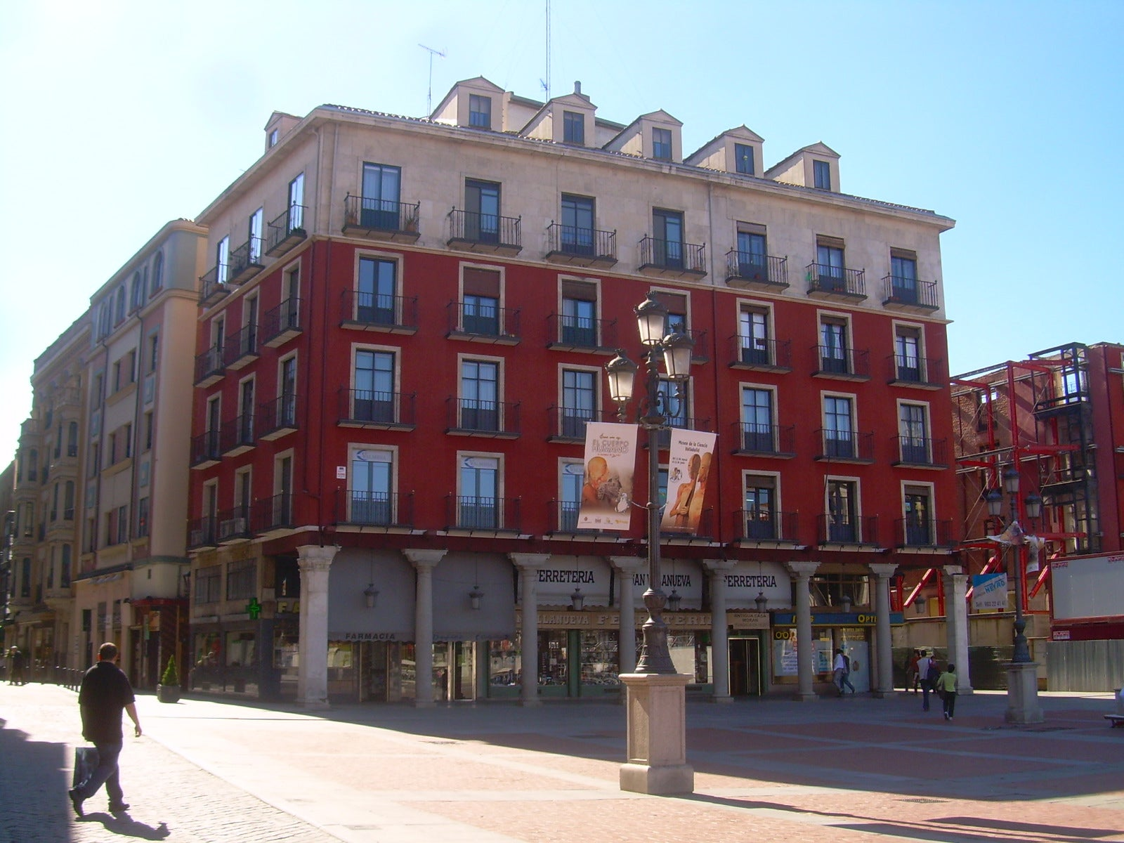Fachada en Plaza Mayor