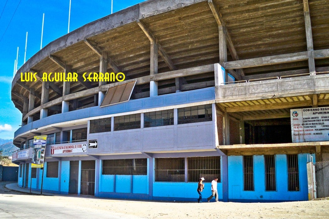"Estadio Monumental ""condebamba"""