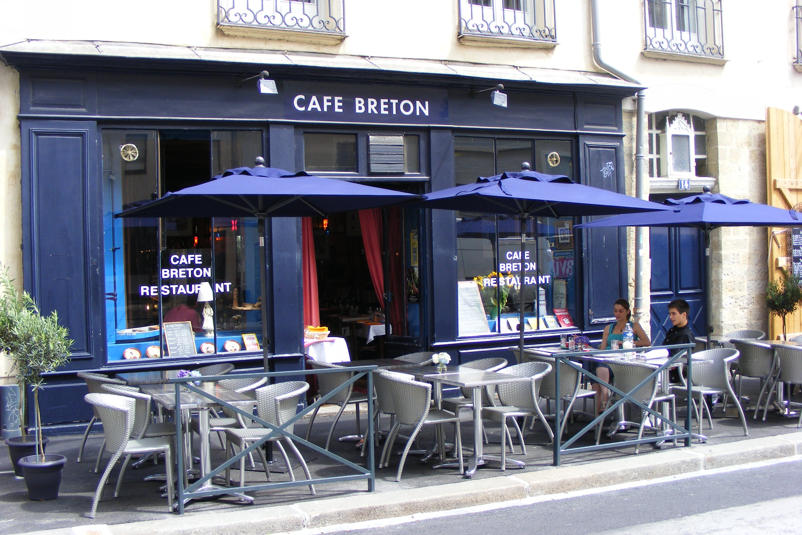 le caf breton rennes 1 exp riences et 1 photos. Black Bedroom Furniture Sets. Home Design Ideas