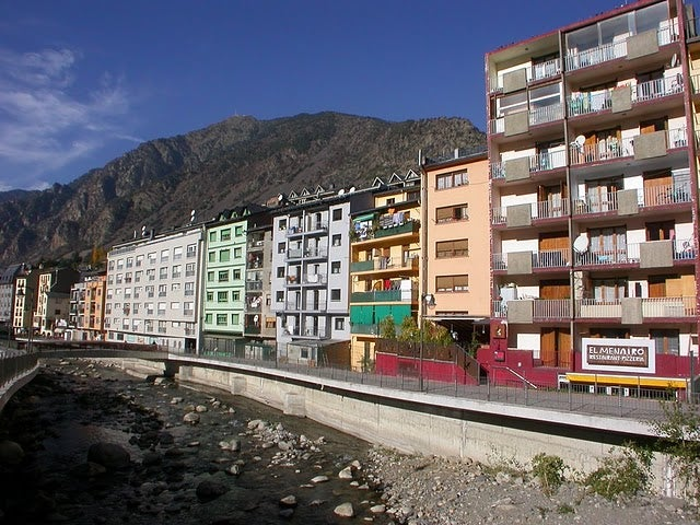 Residential Area in Avenida del Consell General
