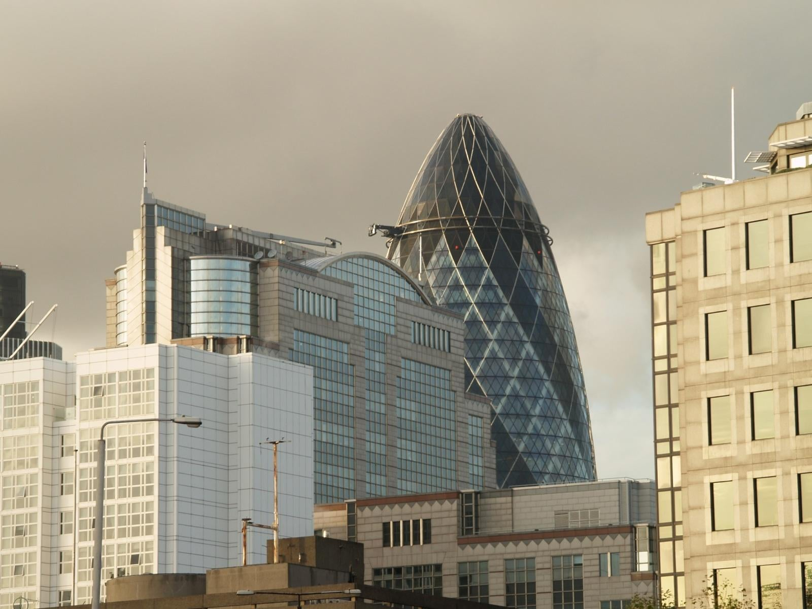 Sede Central en Swiss Re Tower - Torre Gherkin
