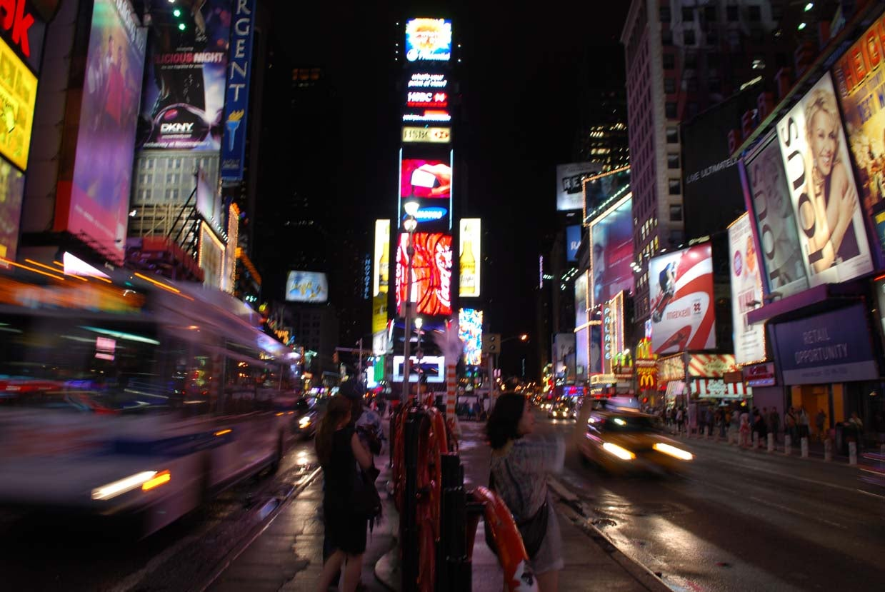 Anochecer en Times Square
