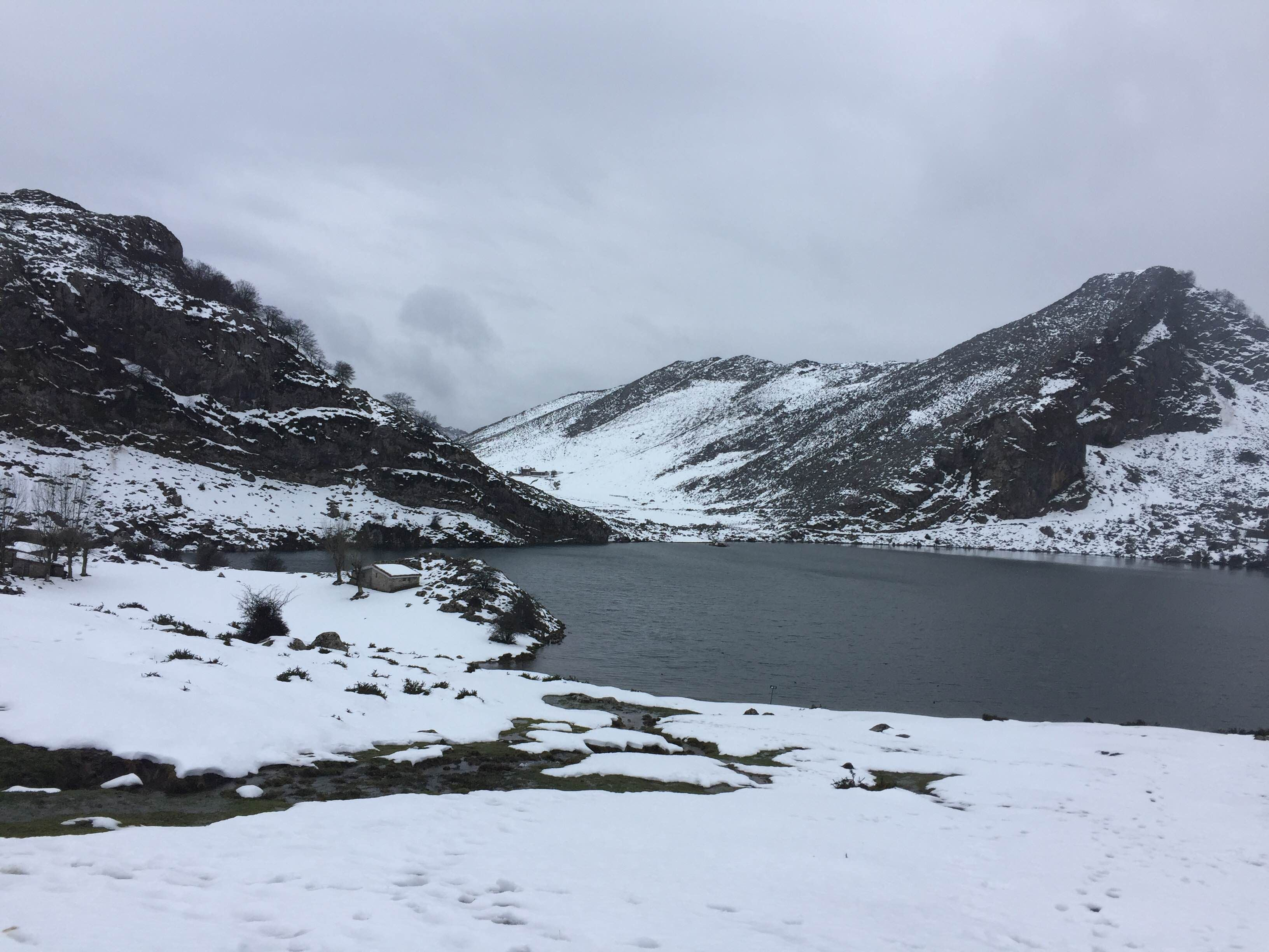 Snow in The Lakes of Covadonga - Enol and Ercina lakes