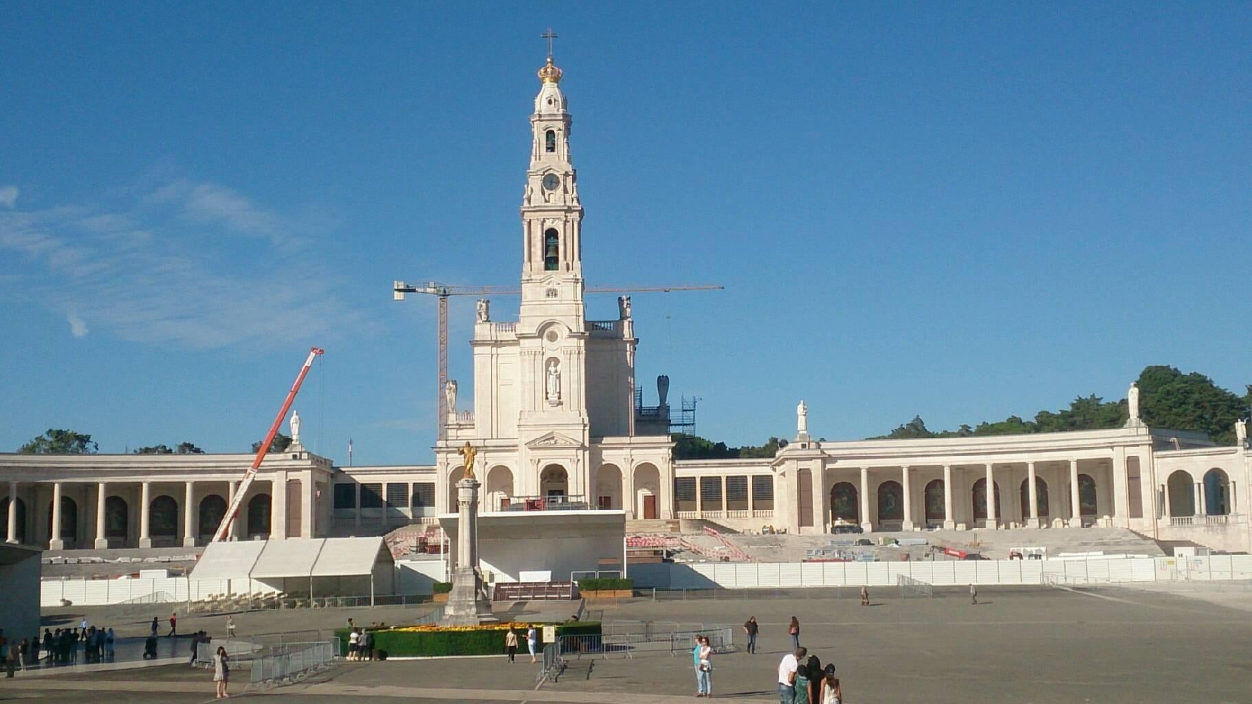 Obelisk in Basilica of Our Lady of the Rosary of Fatima
