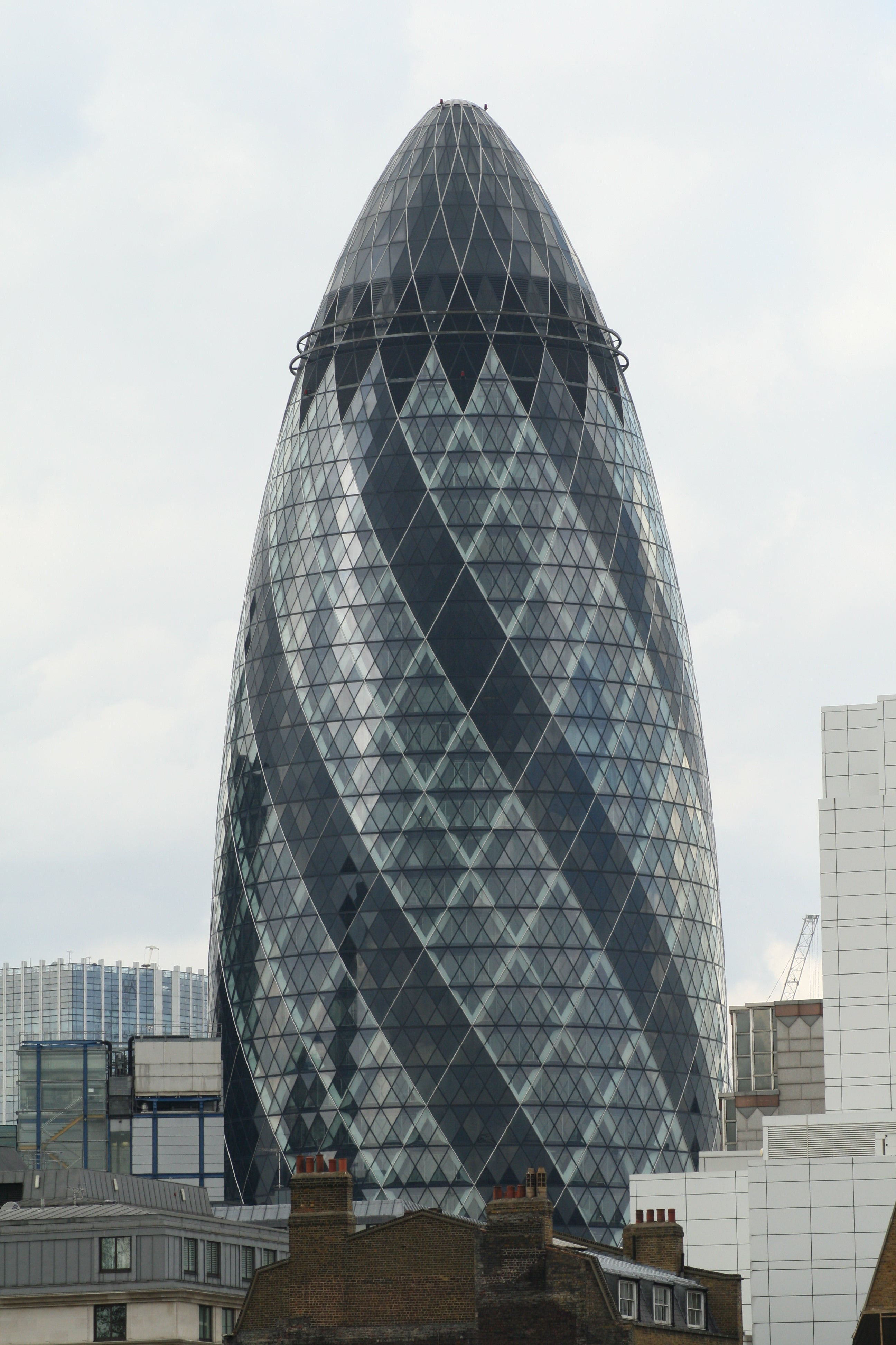 Emblemático en Swiss Re Tower - Torre Gherkin