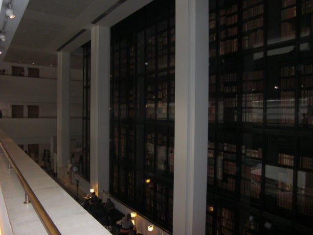 Reflejo en British Library