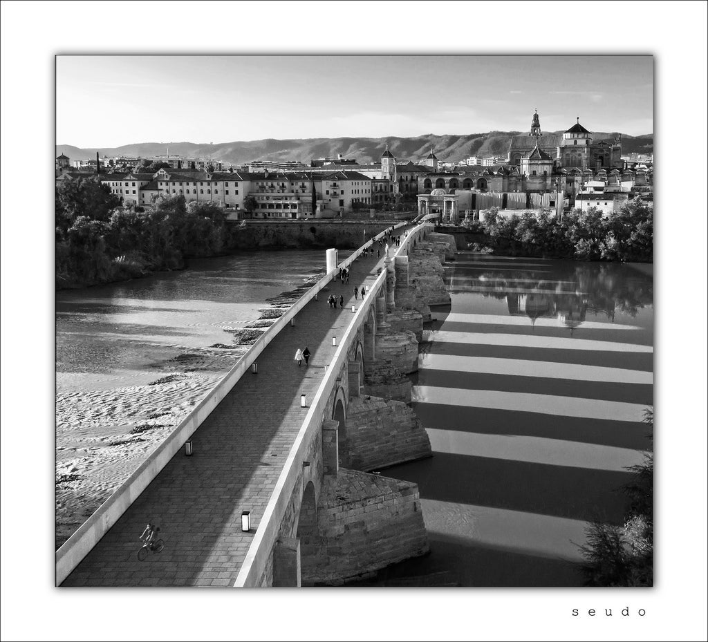 Boardwalk in Roman Bridge of Córdoba